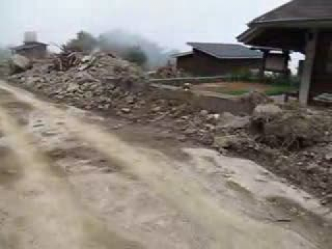 2009.09.14杳無人煙、巨石滿佈的塔塔加上東埔停車場